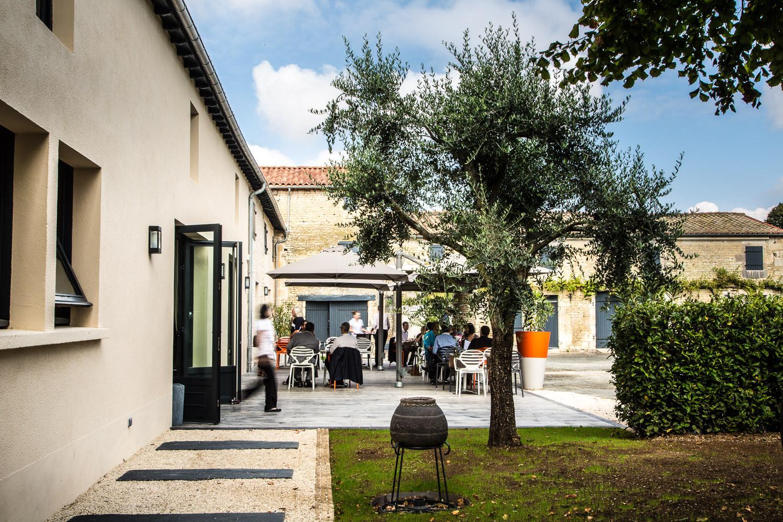 Restaurant Terrasse - Restaurant de Tradition La Virgule - Niort