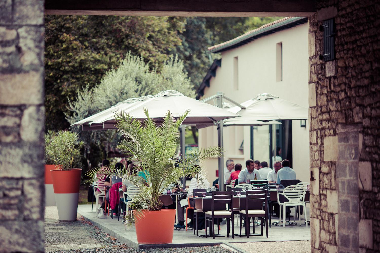 Terrasse Brasserie – Restaurant de Tradition La Virgule – Niort